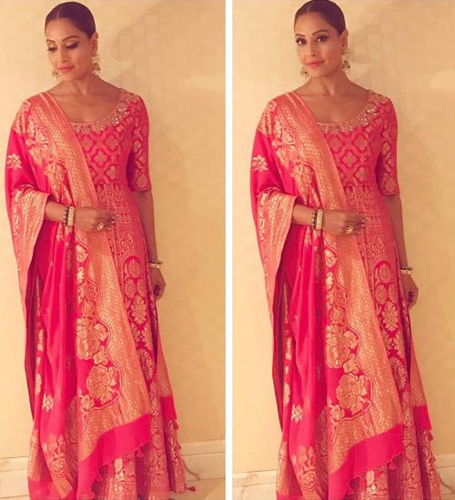 Bipasha-Basu's-Full-Blown-Indian-Look