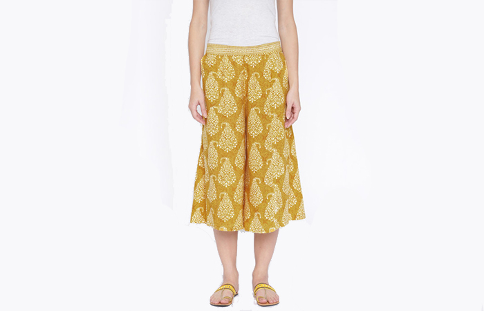 Culottes-With-Plain-T-Shirts