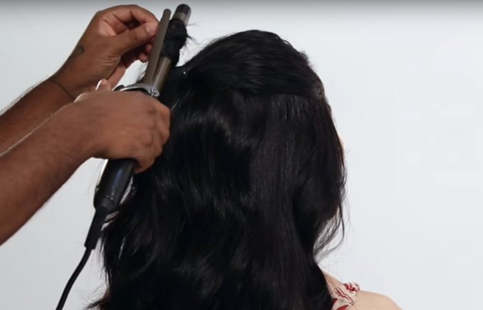 Curl,-curl,-curl-that-half-ponytail