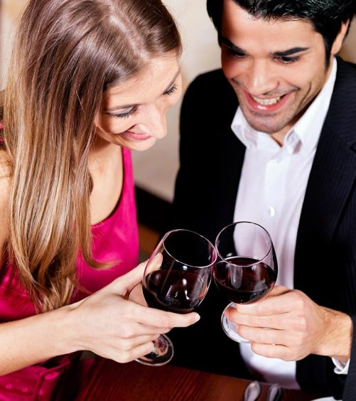 First-Date-Dressing-–-What-You-Should-Know-And-Wear