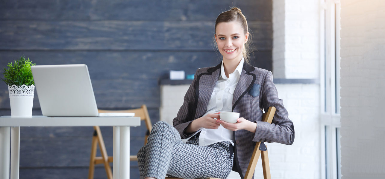 How-To-Dress-Like-A-Professional-–-Power-Dressing-For-Office-And-More