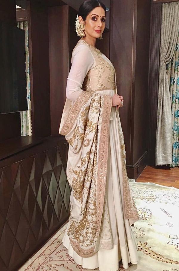 Sridevi-Kapoor-In-A-Floor-Length-Dress