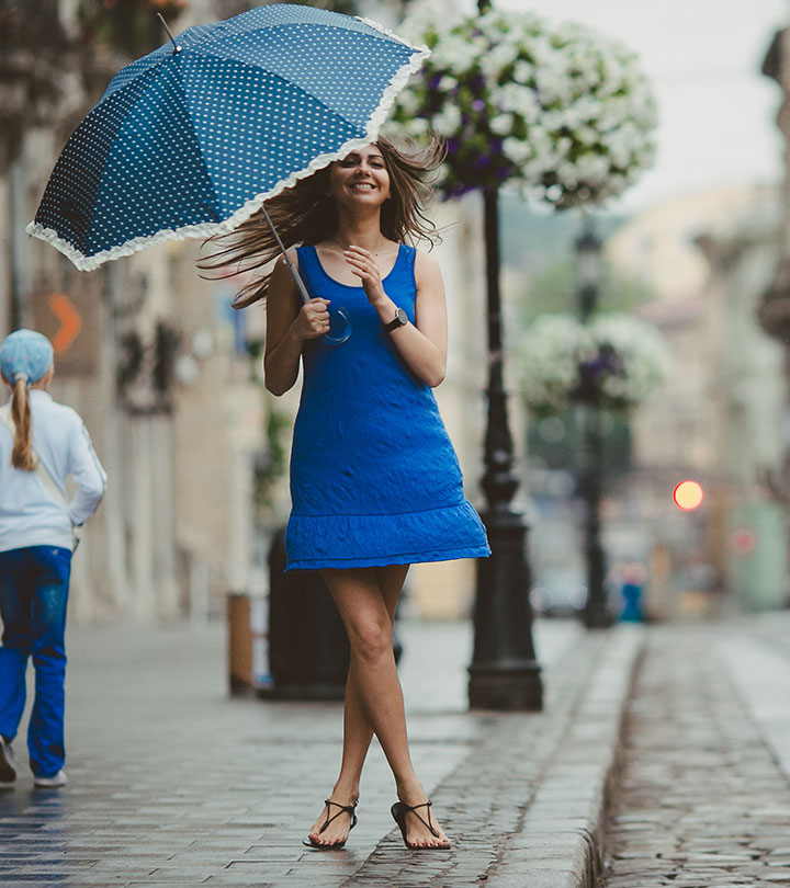 10 Rainy Day Outfit Ideas That Are Foolproof And Waterproof