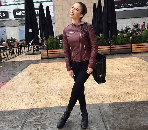 Leggings-And-A-Leather-Jacket