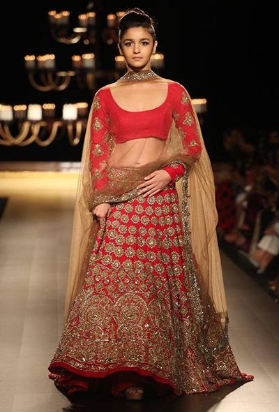 20 Best Manish Malhotra S Bridal Collection Lehengas Dress