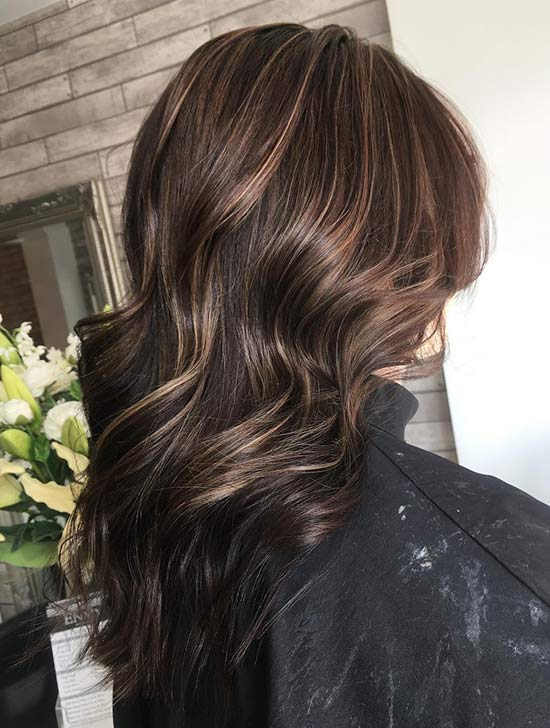 24. Luxurious Caramel Highlights