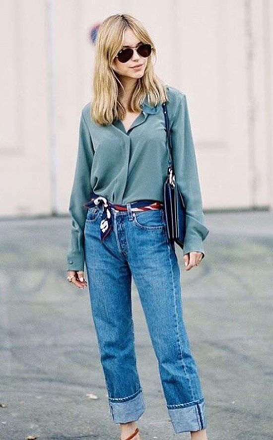 3. Mommy Jeans Are Getting Out, And It's About Time