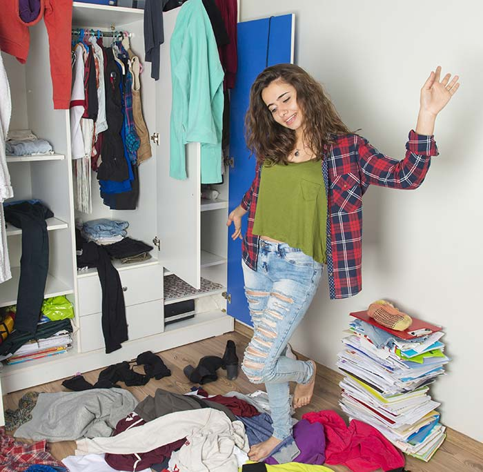 How To Build A Capsule Wardrobe – Capsule Wardrobe For College