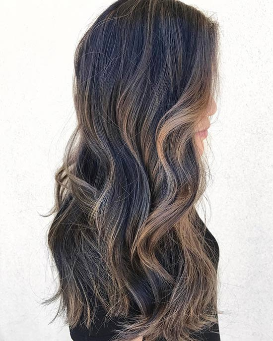 17 Breathtaking Ideas For Styling Your Caramel Highlights