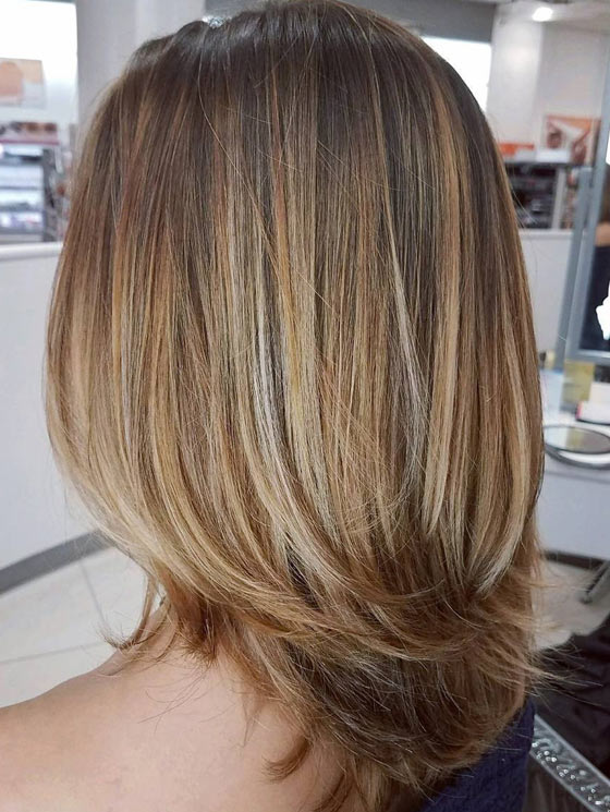 30 Honey Blonde Hair Color Ideas You Can T Help Falling In