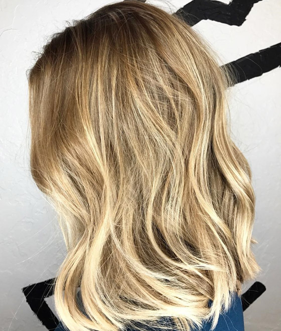 Honey-Blonde-Root-Melt