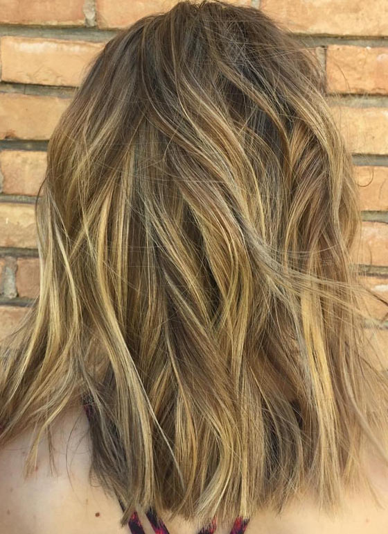 Honey-Blonde-Shadow-Root