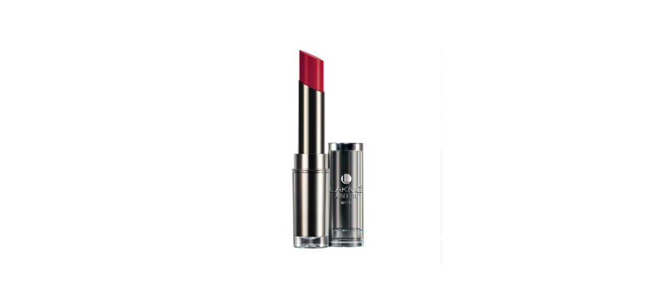 Lakme-Absolute-Sculpt-Studio-Hi-Definition-Matte-Lipstick-Reviewww