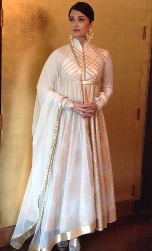 Off-White-And-Gold-Anarkali
