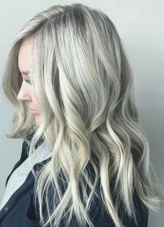 30 ash blonde hair color ideas that youll want to try out right away 24 platinum ash blonde solutioingenieria