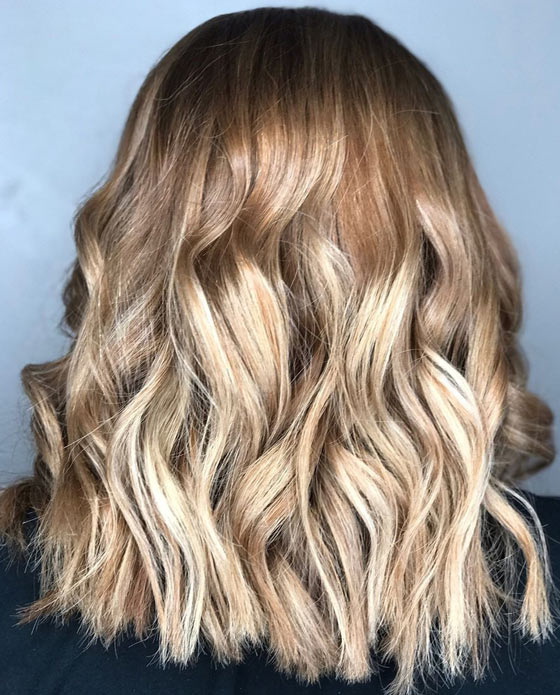 Textured-Honey-Blonde-Balayage