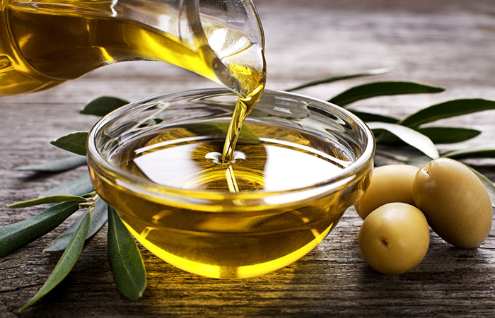 i)-Black-Seed-Oil-And-Olive-Oil-For-Hair