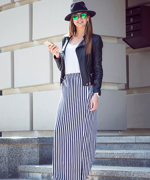 How To Wear A Maxi Skirt - Vertical Striped Maxi Skirt With Jacket And Boots