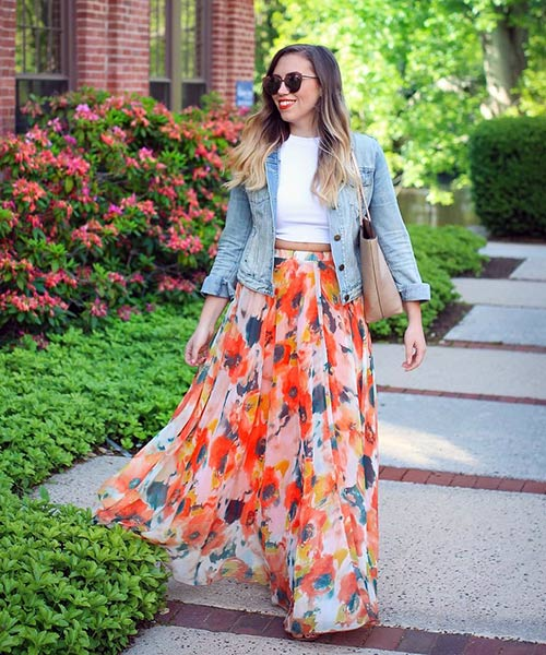 216dcd54cf0 How To Wear A Maxi Skirt - Floral Maxi Skirt With Denim Shirt Jacket