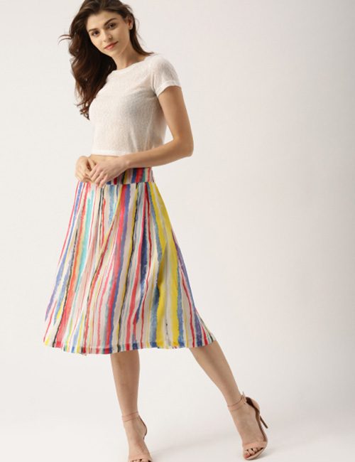 How To Wear A Crop Top - Crop Top With Flared Skirt
