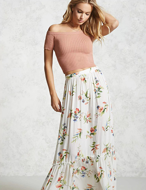 17. Crop Top With A Maxi Skirt