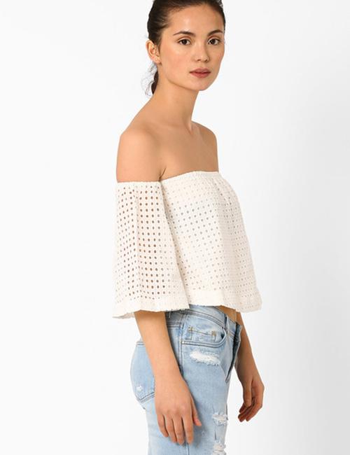 How To Wear A Crop Top - Off-Shoulder Crop Top