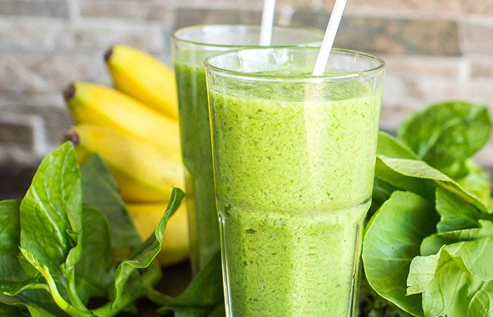 2. Banana, Spinach, And Lemon