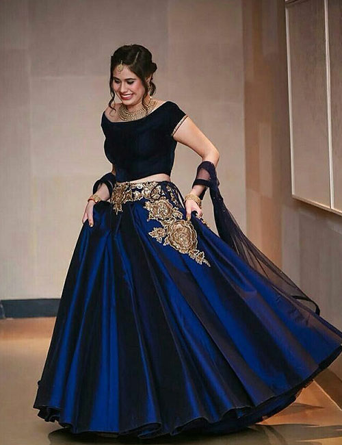 How To Wear A Crop Top - Crop Top With Lehenga