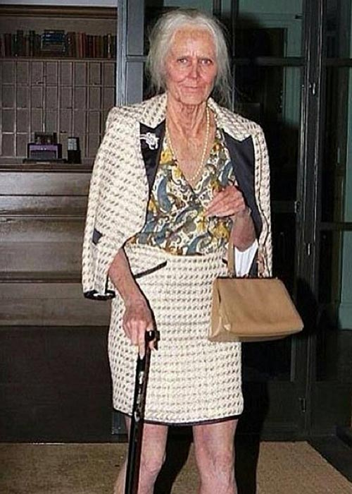 4. 2013 - Heidi Klum Showed Up As A Grandmother, Creepy And Crazy!