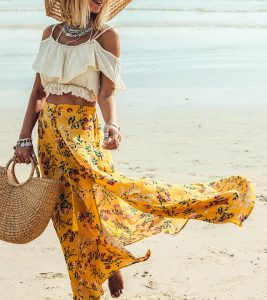 How To Wear A Maxi Skirt – 20 Best Outfits