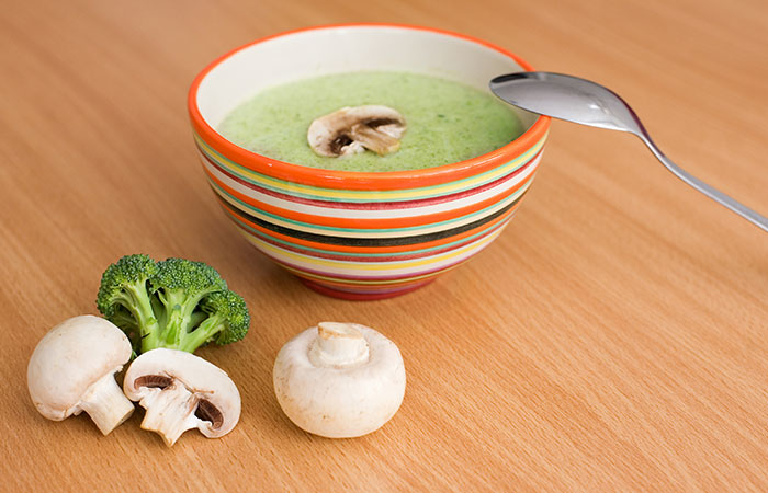 Paleo Diet Recipes - Paleo Broccoli & Mushroom Soup