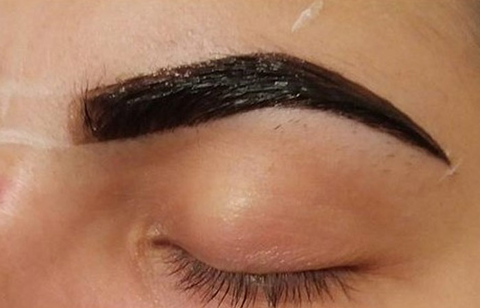 Simple Tinting of Eyebrows - Step 3: Apply The Paste