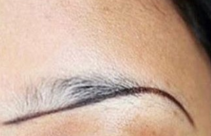 How To Tint Eyebrows With Eyebrow Pencil/Powder/Gel? - Step 2