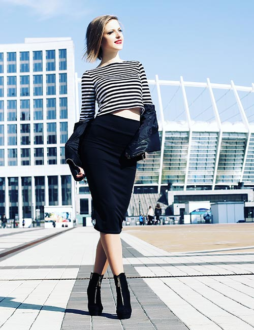 4. Pencil Skirts That Give You An Elongated Look
