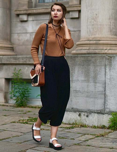 How To Wear Culottes - With A Sweater Tucked In