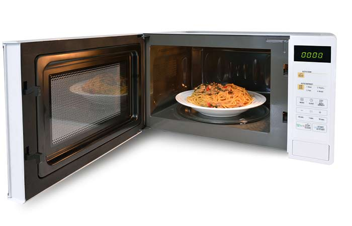 11. Sick Of Eating Half-Hot, Half-Cold Microwave Meals Here's The Solution.