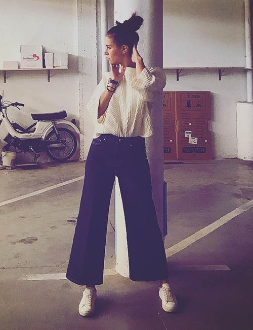 How To Wear Culottes - With An Oversized Sweater And Sneakers