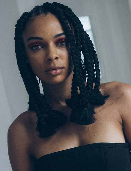 5. Blunt Cut Off Jumbo Box Braids