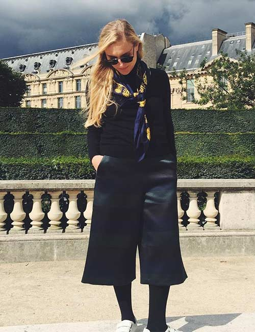 How To Wear Culottes - With A Sweater, Scarf And Stockings