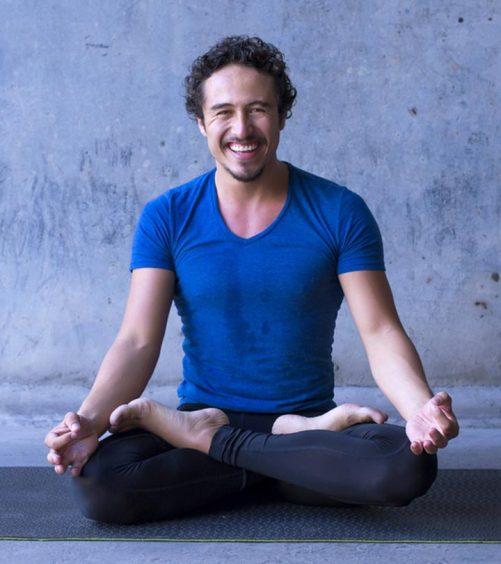 7 Best Yoga Poses For Men