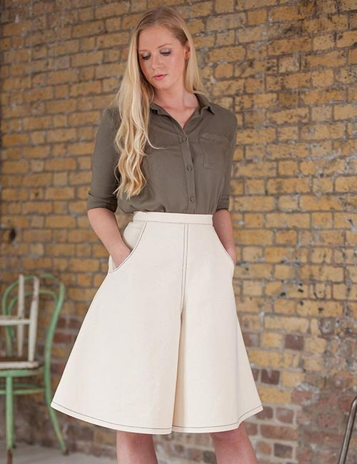 How To Wear Culottes - With A Plain Shirt