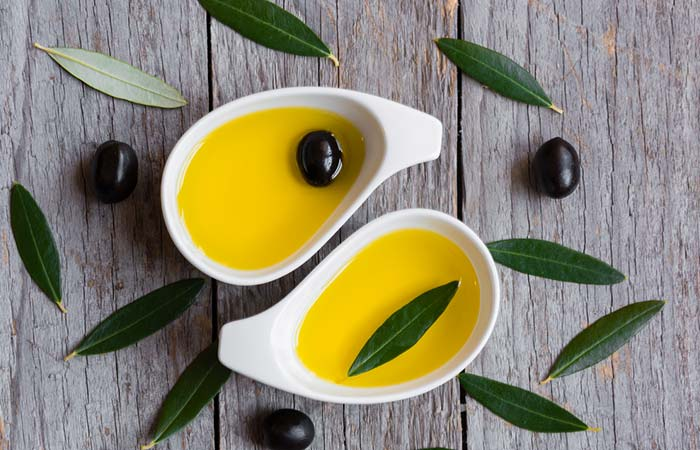 3.Soak In The Goodness Of Olive Oil