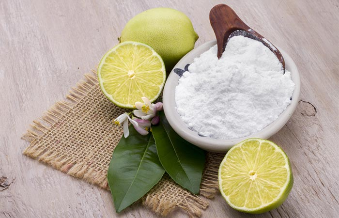 4.Lemon And Baking Soda Exfoliant