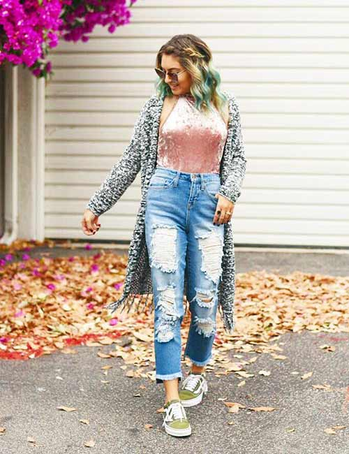 1. Ripped High Waisted Jeans With A Bodysuit And Kimono