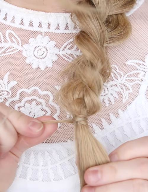 14. Conceal the hair elastic