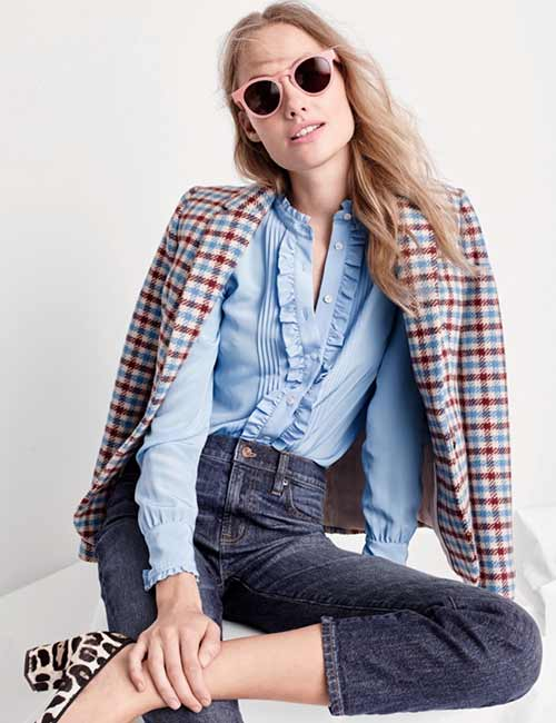 High Waisted Jeans - With A Button Down Shirt And A Jute Jacket