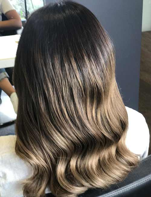 25 gorgeous highlight ideas for dark hair 2 roast pmusecretfo Image collections