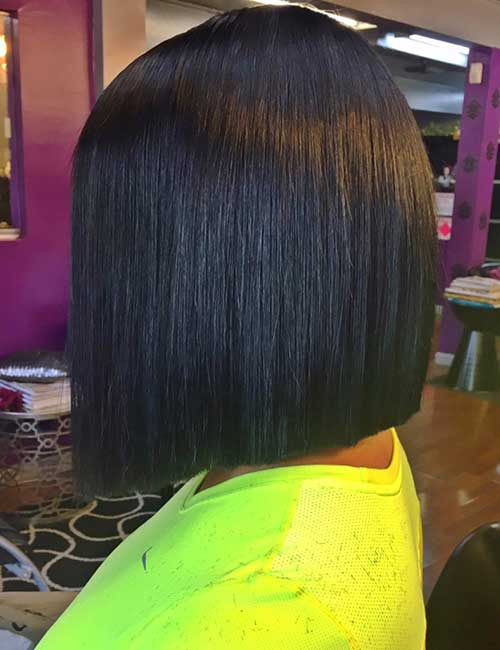 4. Blunt Edged Short Bob