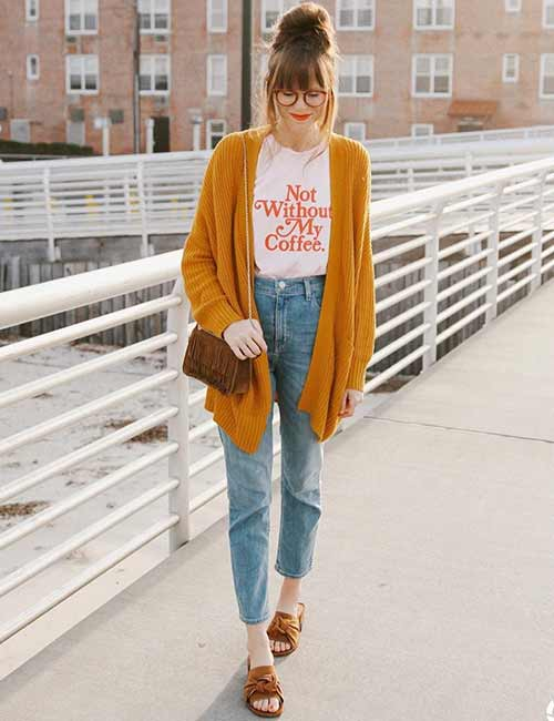 8a6809678e0a6 High Waisted Jeans - With A Caption T-Shirt And Bold Color Long Sweater