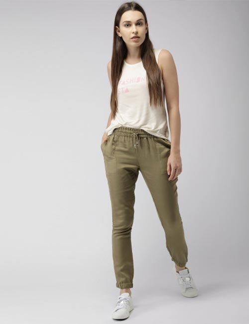 14. Joggers In Linen